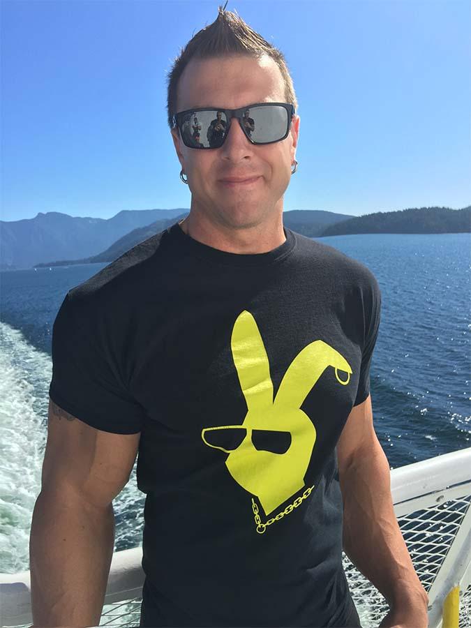 canadian playboyz tshirt